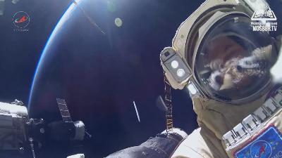 60 лет в космосе. Как стать космонавтом