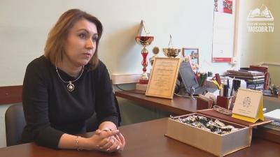 Героиня программы - Наталья Зуева, директор школы № 892