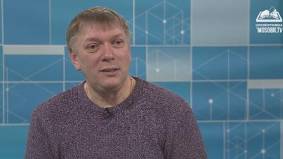 Герой программы - Александр Фёдоров, режиссер